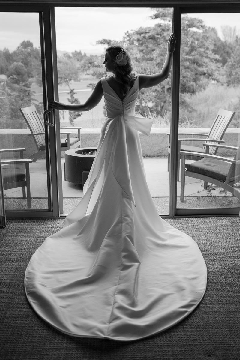 silhouette bride photo