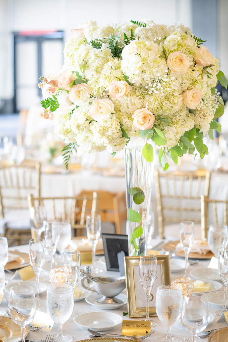 tall flower centerpieces for wedding tables
