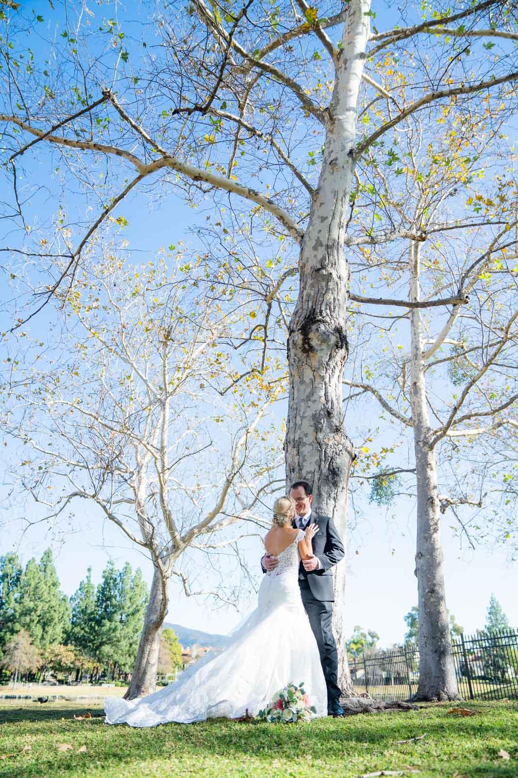 park wedding fall tree