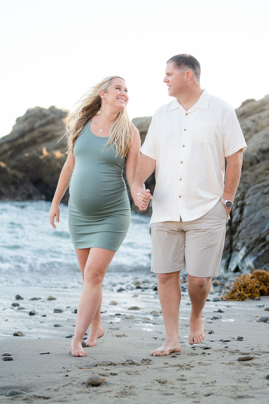 maternity photo at the beach