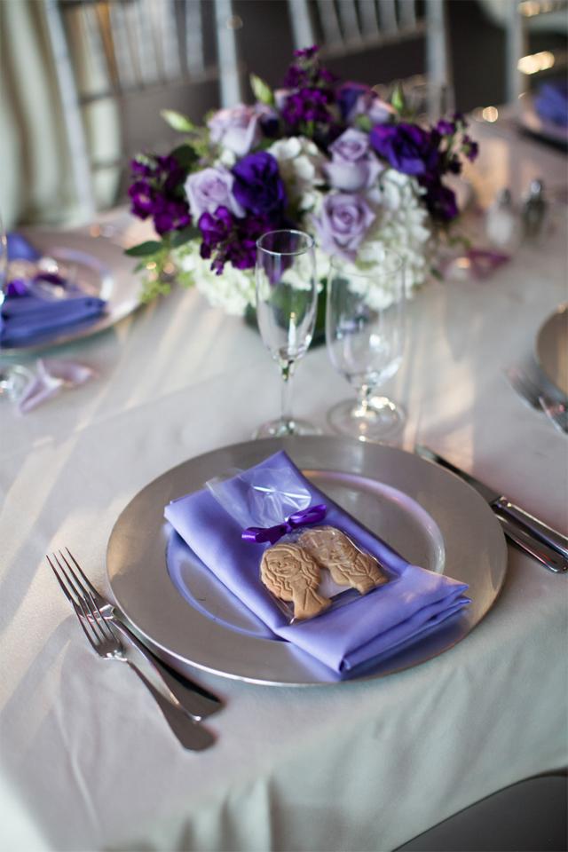 Bride and groom sugar cookie wedding favor