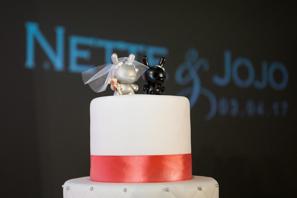 Dunny wedding cake topper