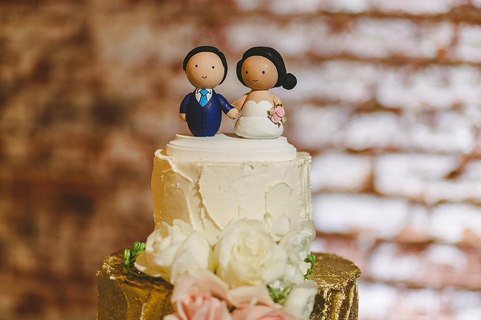 Cake topper on wedding cake