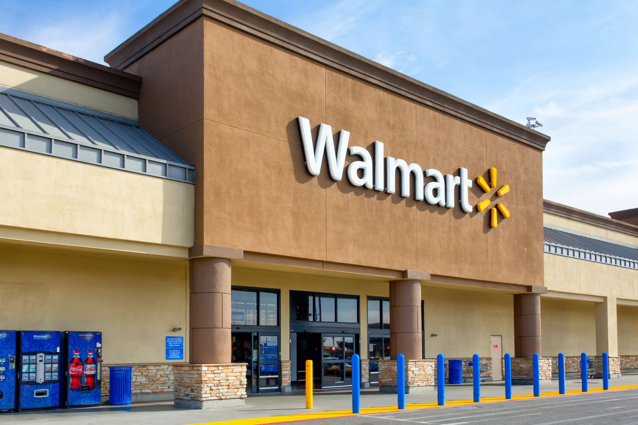 Walmart's App Offers Grocery Pickup Or Delivery—Here's How To Order