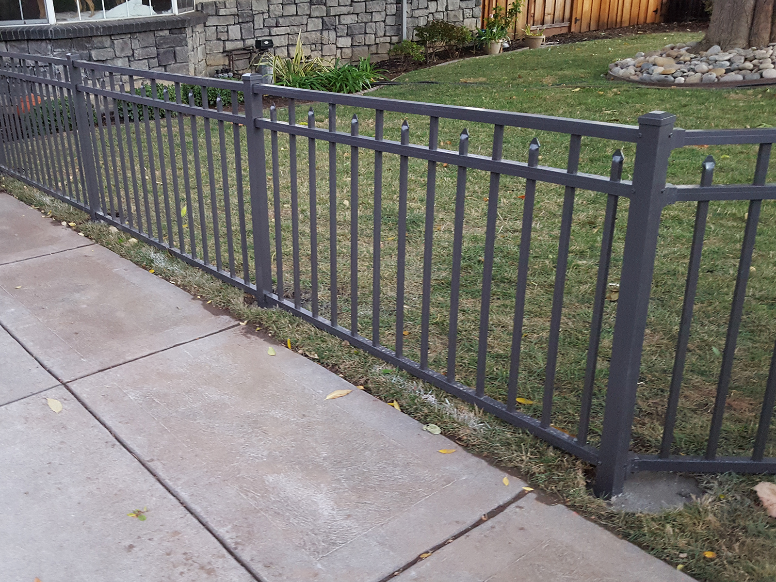 Aluminum Fence Panel Canterbury 3 Channel