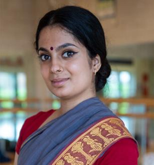 a headshot of anayavasudha bolar
