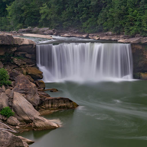 Cumberland Falls State Park in Kentucky