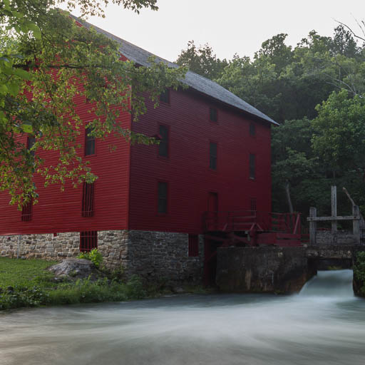Alley Mill, Missouri