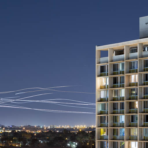 Airplane light trails landing at Sky Harbor