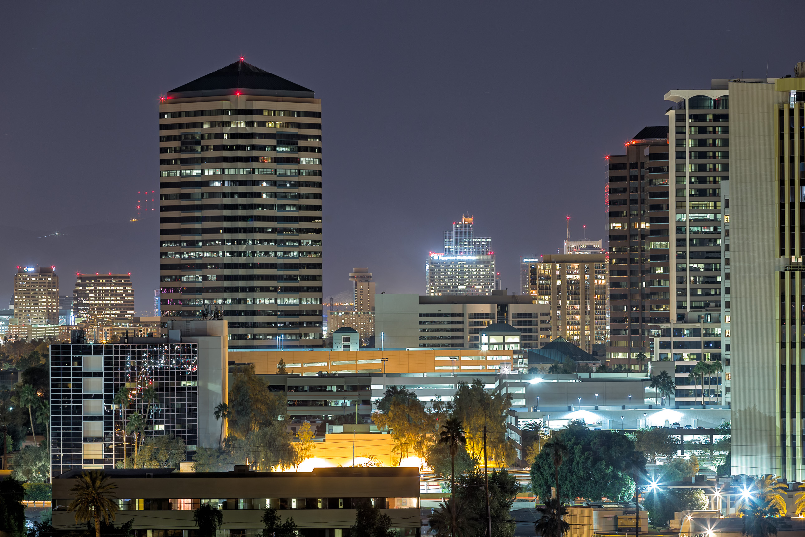 Midtown Phoenix and Phoenix Plaza at night