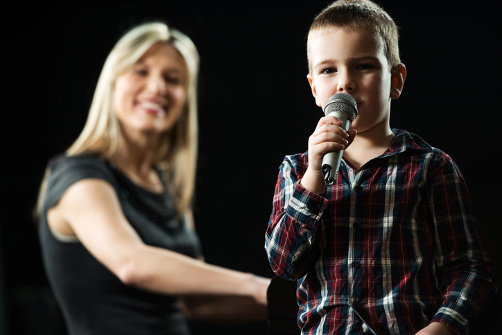 voice and singing lessons near me for kids and adults in aurora ontario canada