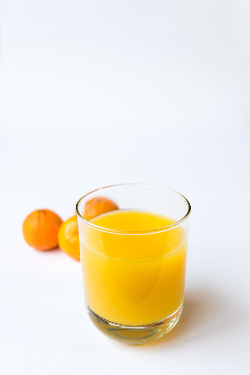 orange juice for a sore throat is not the best choice.