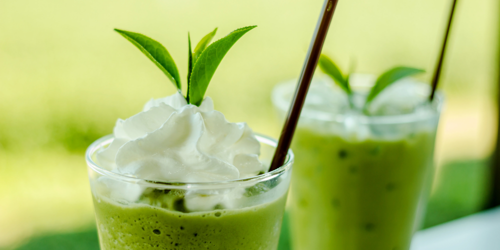 A Photo Of Green Tea And Cocoa Smoothie