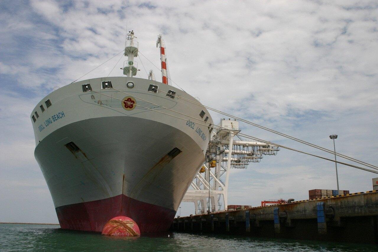 container-vessel