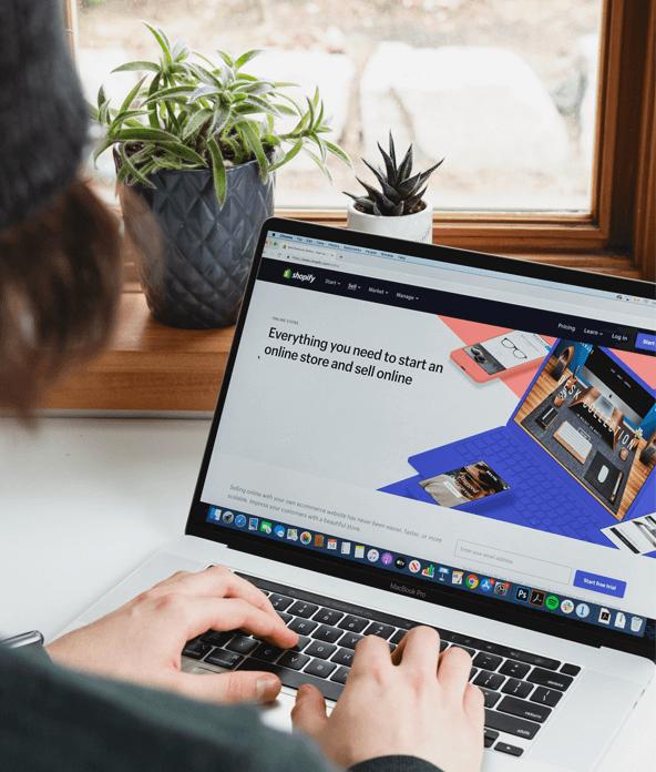 e commerce website on shopyfy