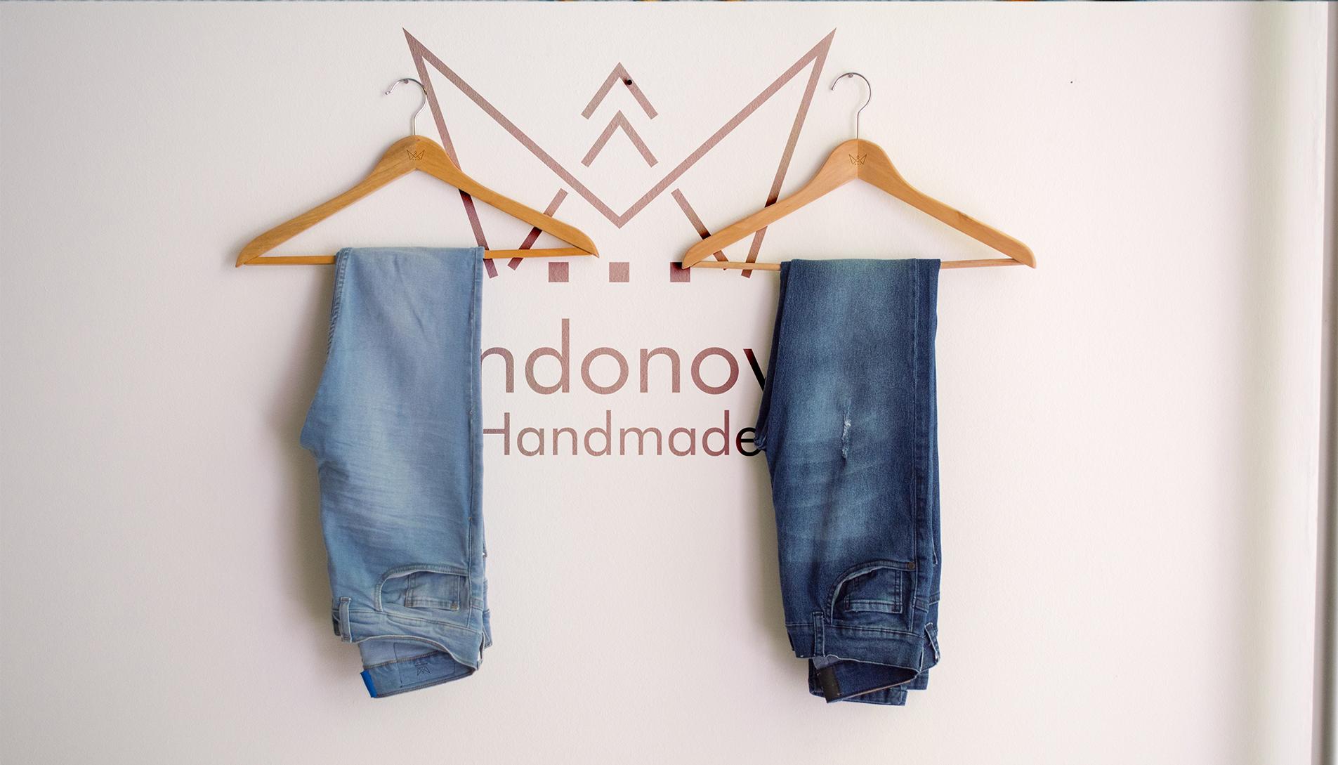 Brand identity andonova design