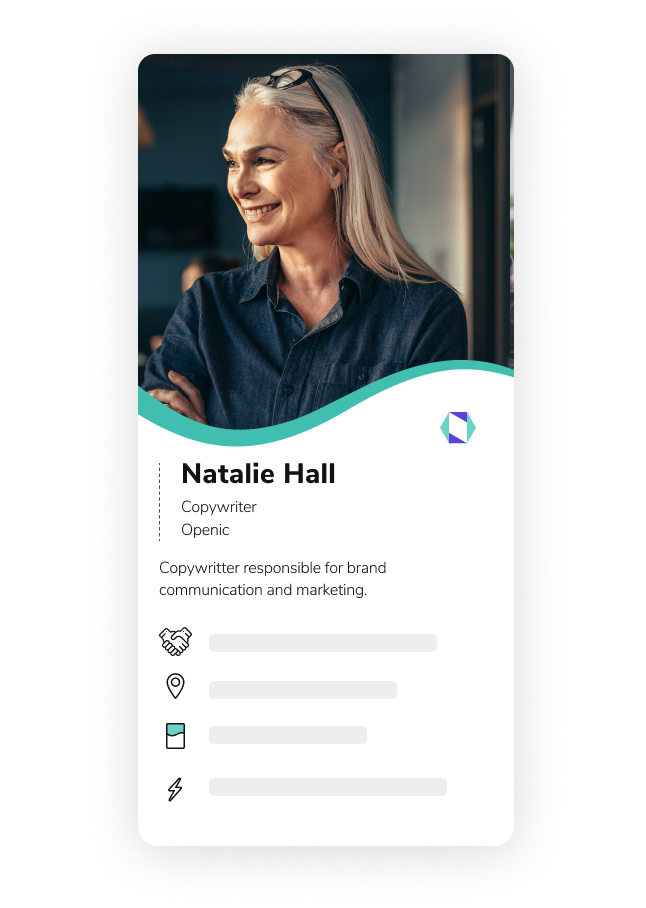 Make multiple HiHello digital business cards for free.