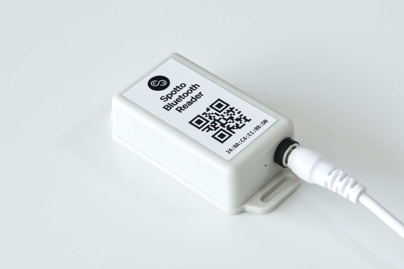 Spotto B1 Bluetooth Beacon Reader for detecting asset tags indoors.