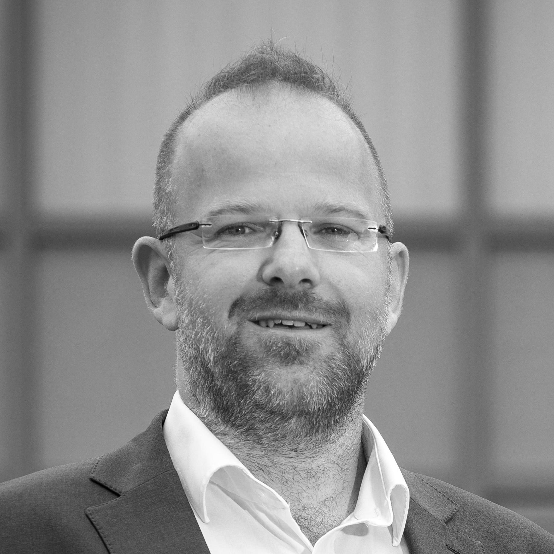 Günter Bayer