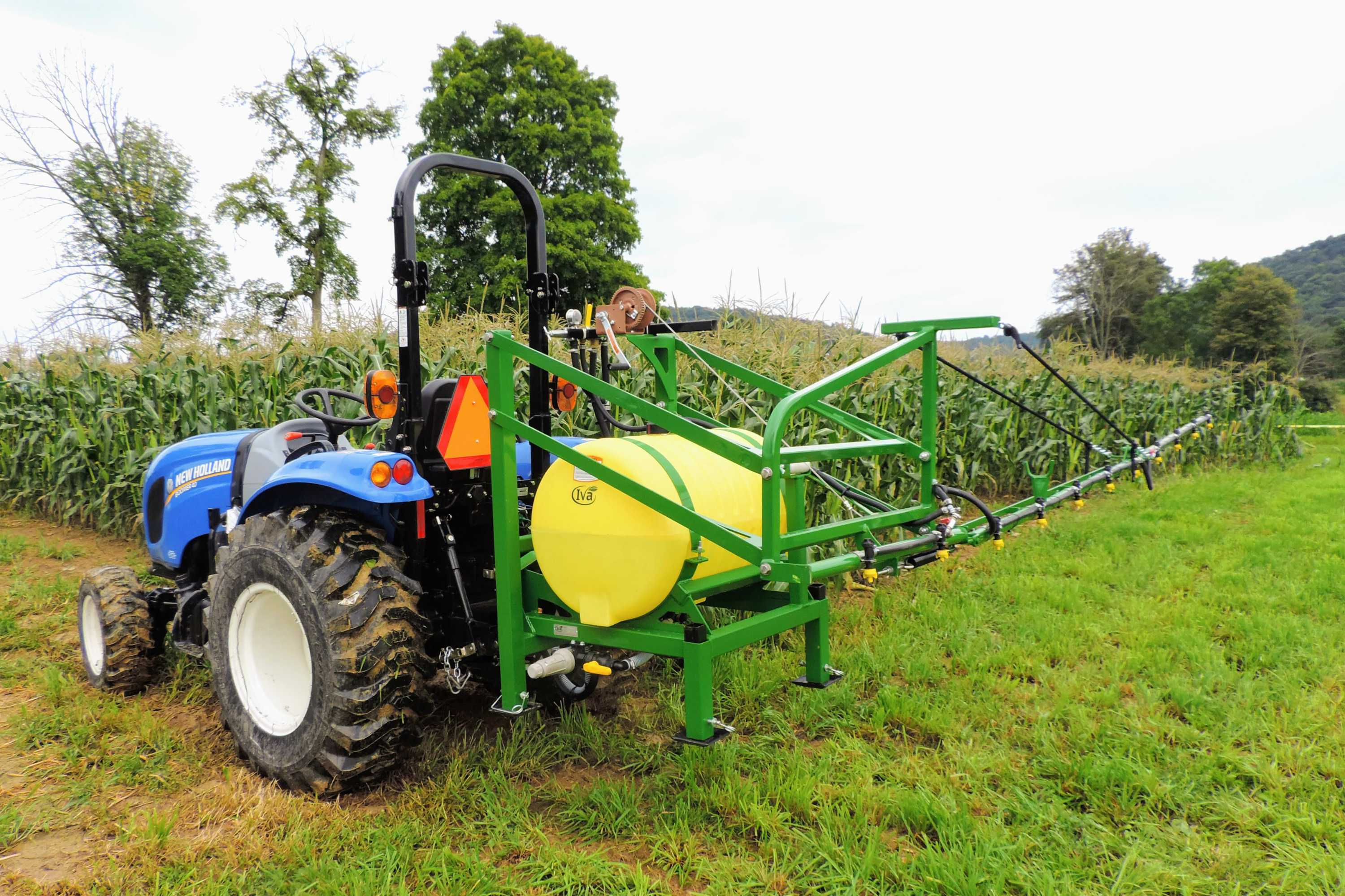 55 gallon 3-point hitch sweet corn sprayer with 15' single sided boom