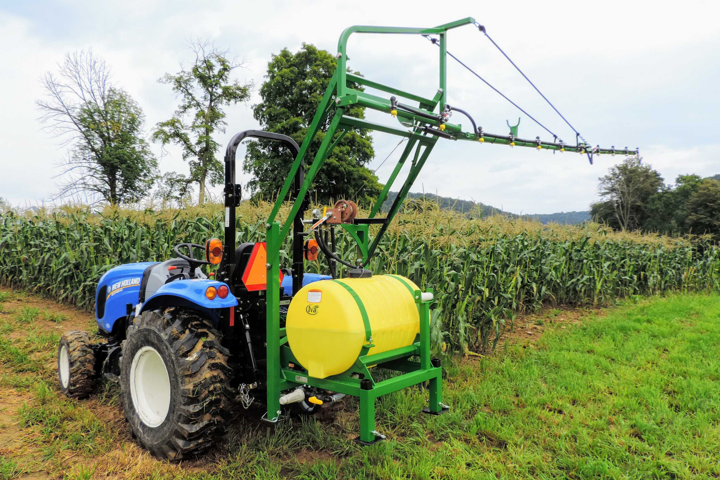 55 gallon 3-point hitch produce sprayer with 15' single sided boom