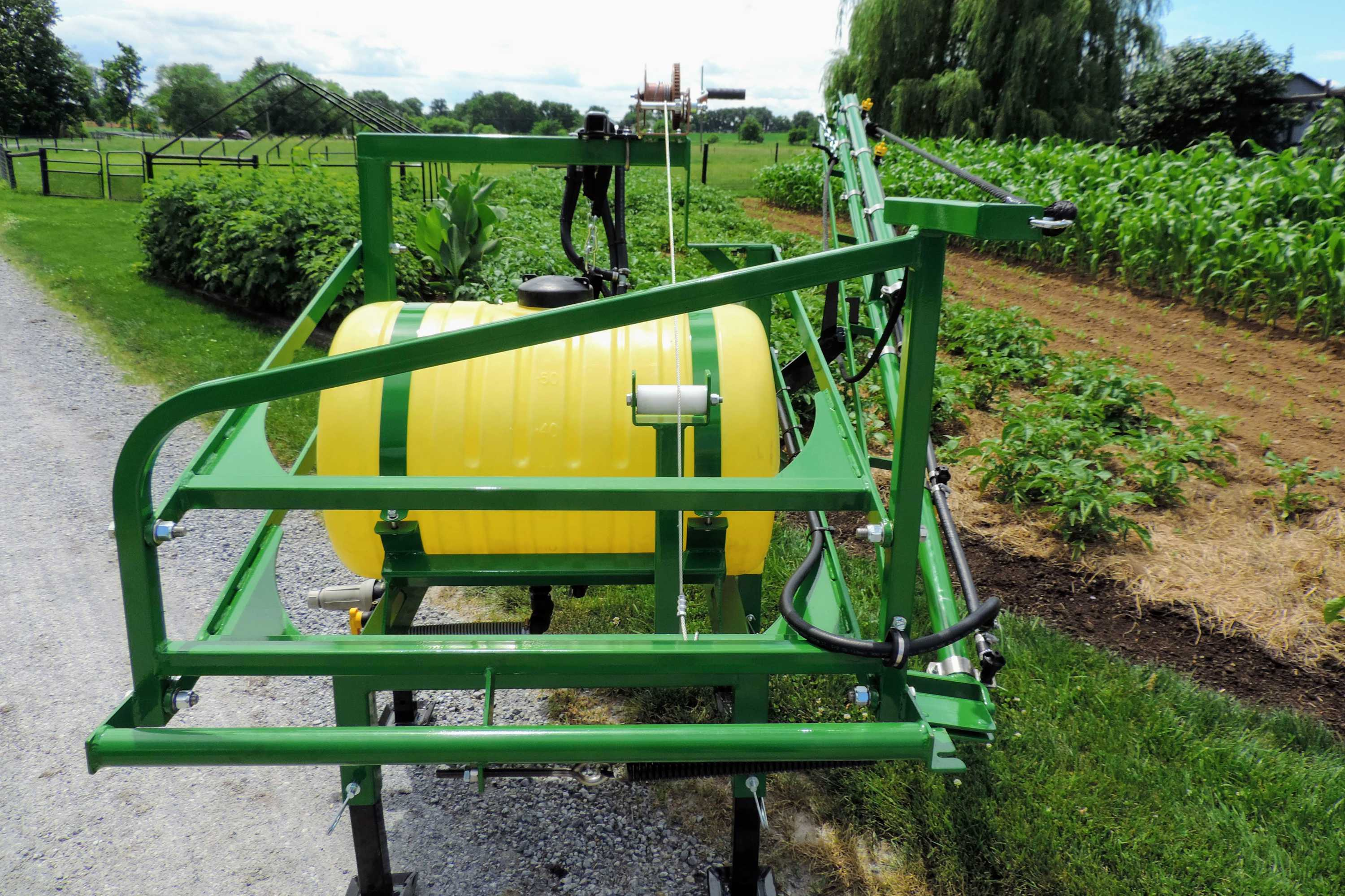 55 gallon 3-point hitch sprayer with mounted diaphragm pump