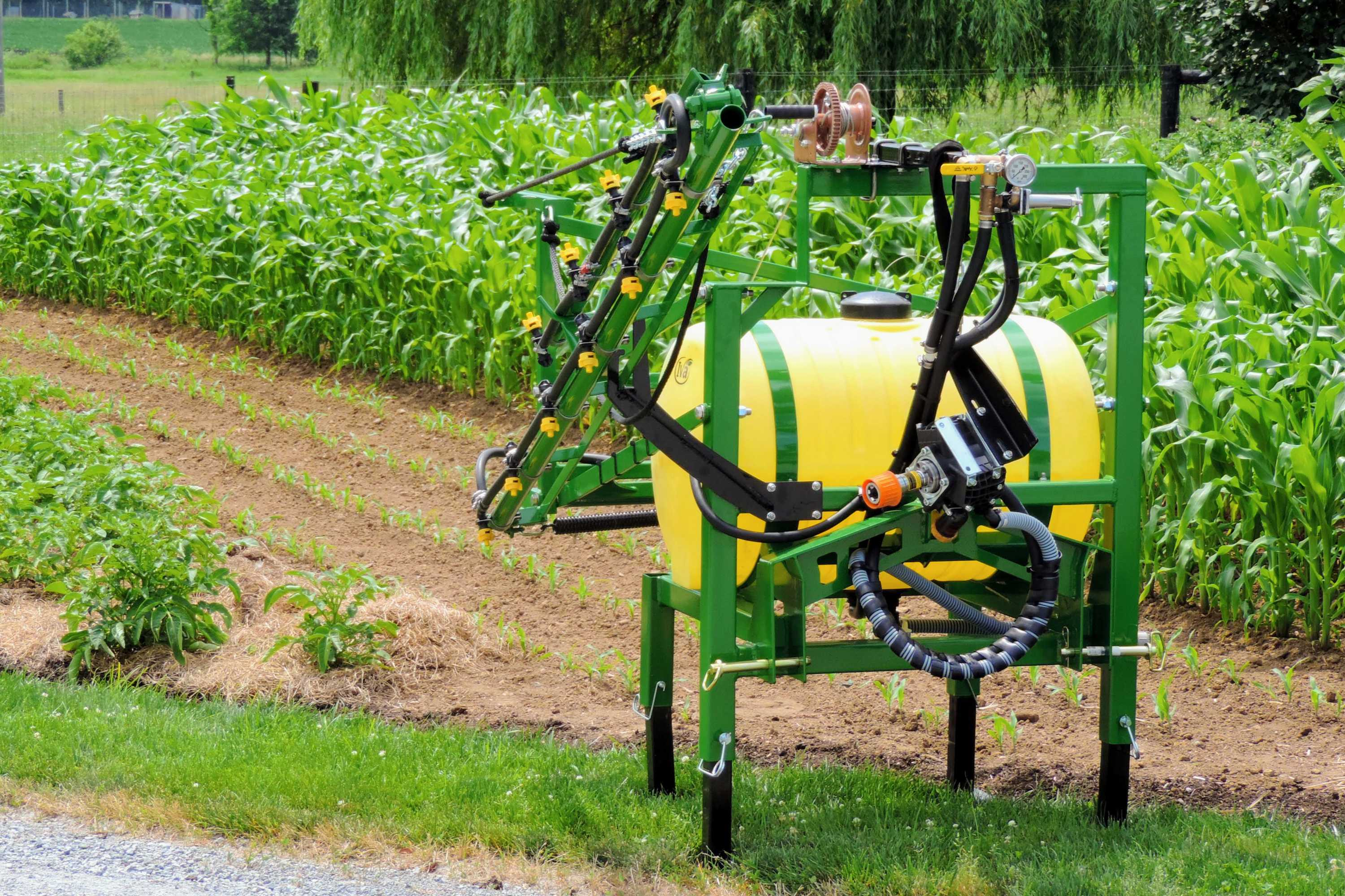 55 gallon 3-point hitch sprayer with 15' single sided boom