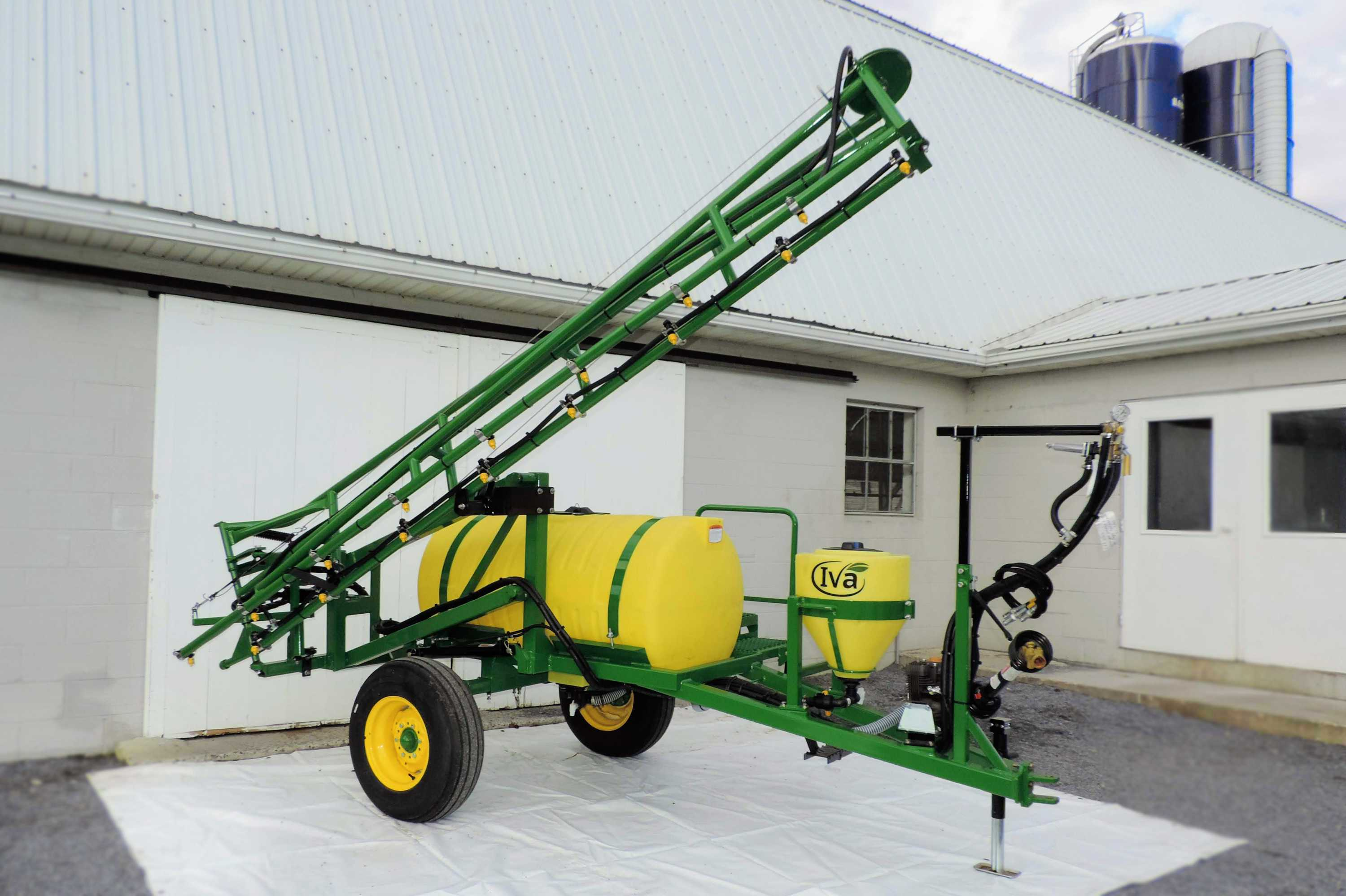 200 gallon trailer sweet corn sprayer with 25' single sided boom