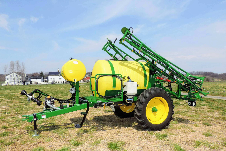 500 gallon trailer produce sprayer with 45' boom