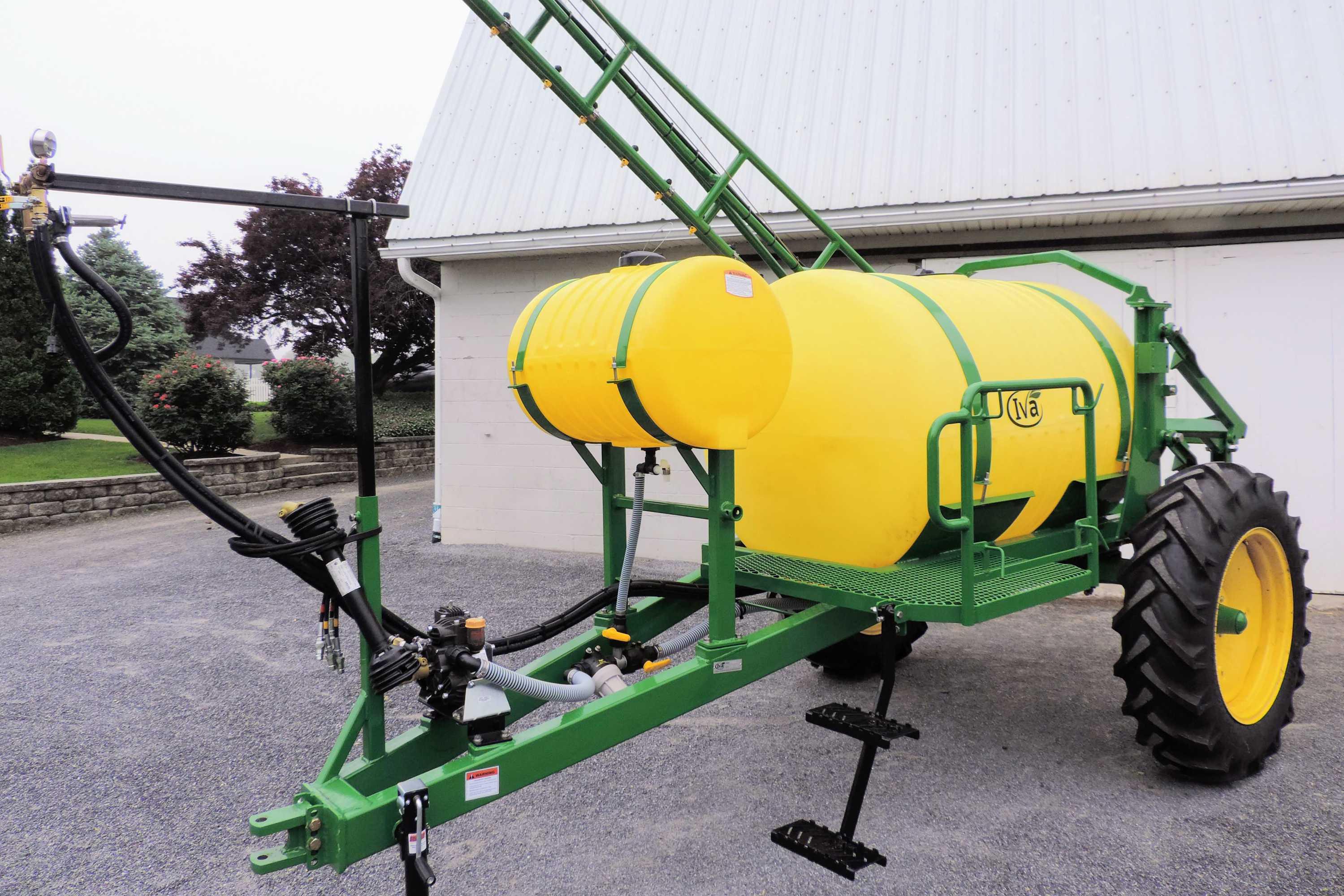 500 gallon trailer produce sprayer with 30' single sided boom