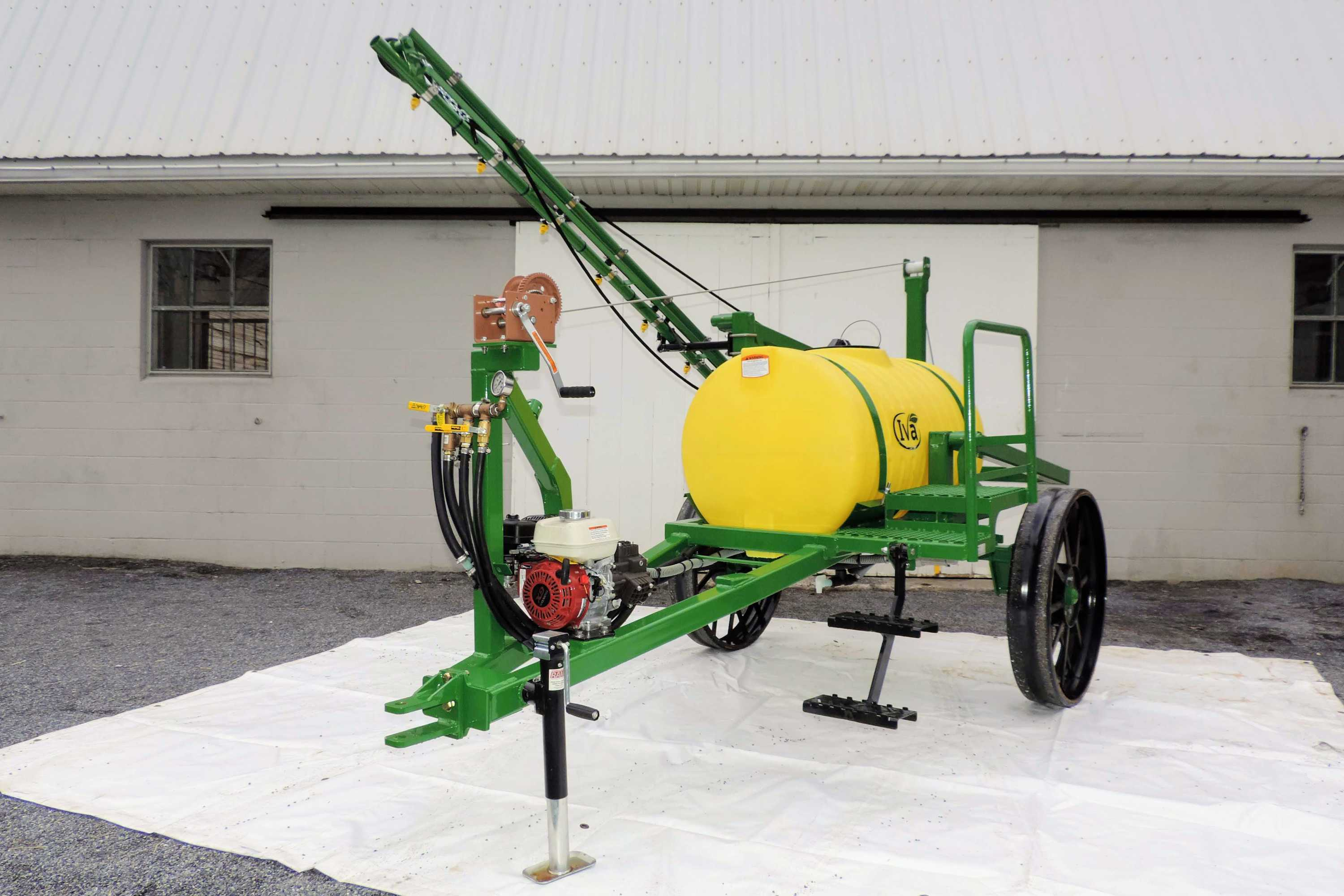 Horse-drawn Trailer Produce Sprayers