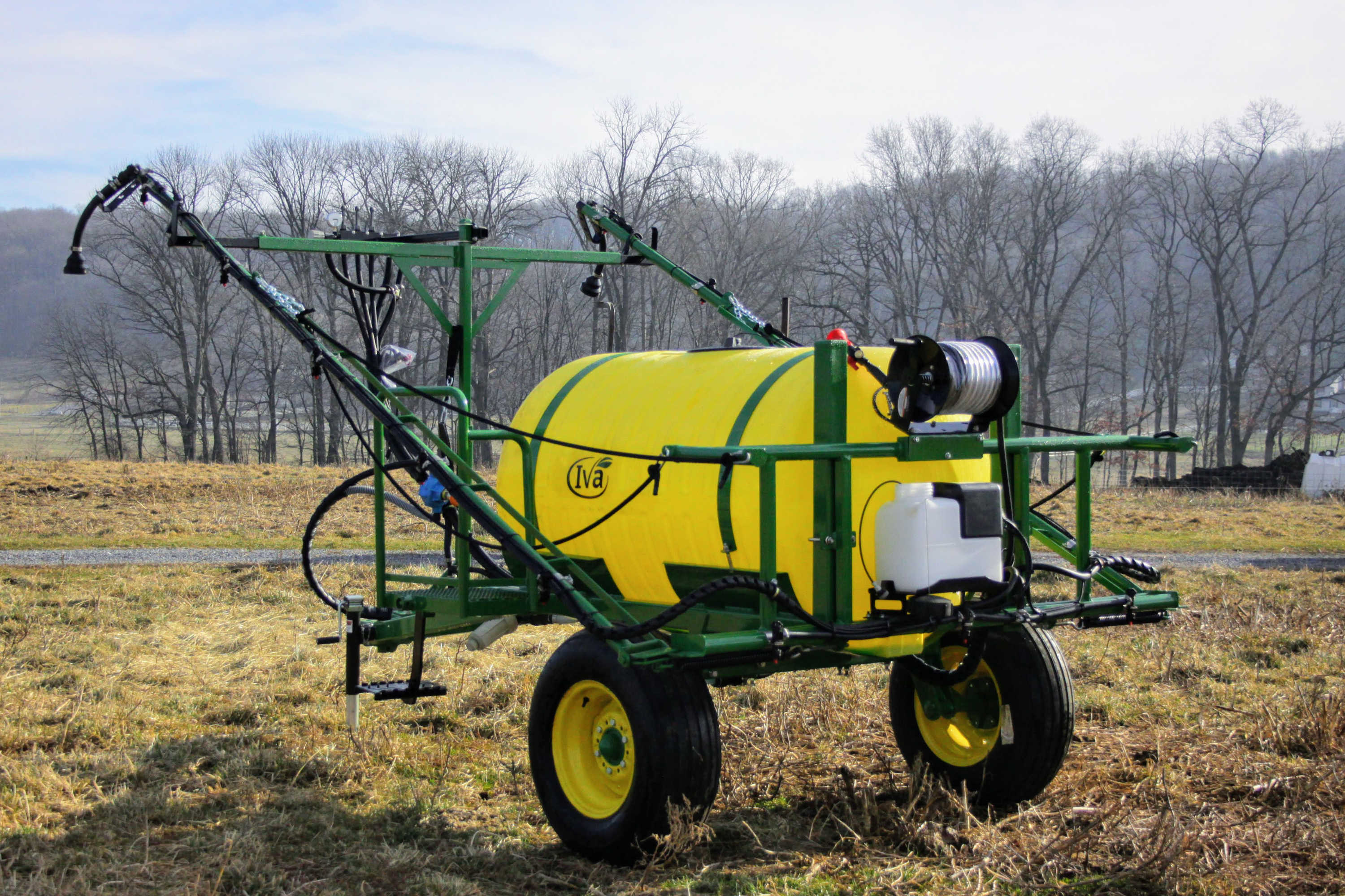 300 gallon Field Sprayer with 30' booms