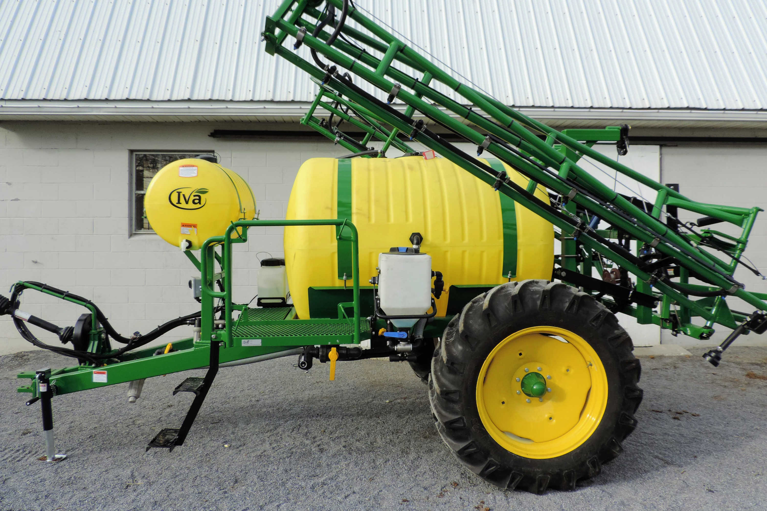 500 gallon Crop Sprayer with 45' SpringRide Booms