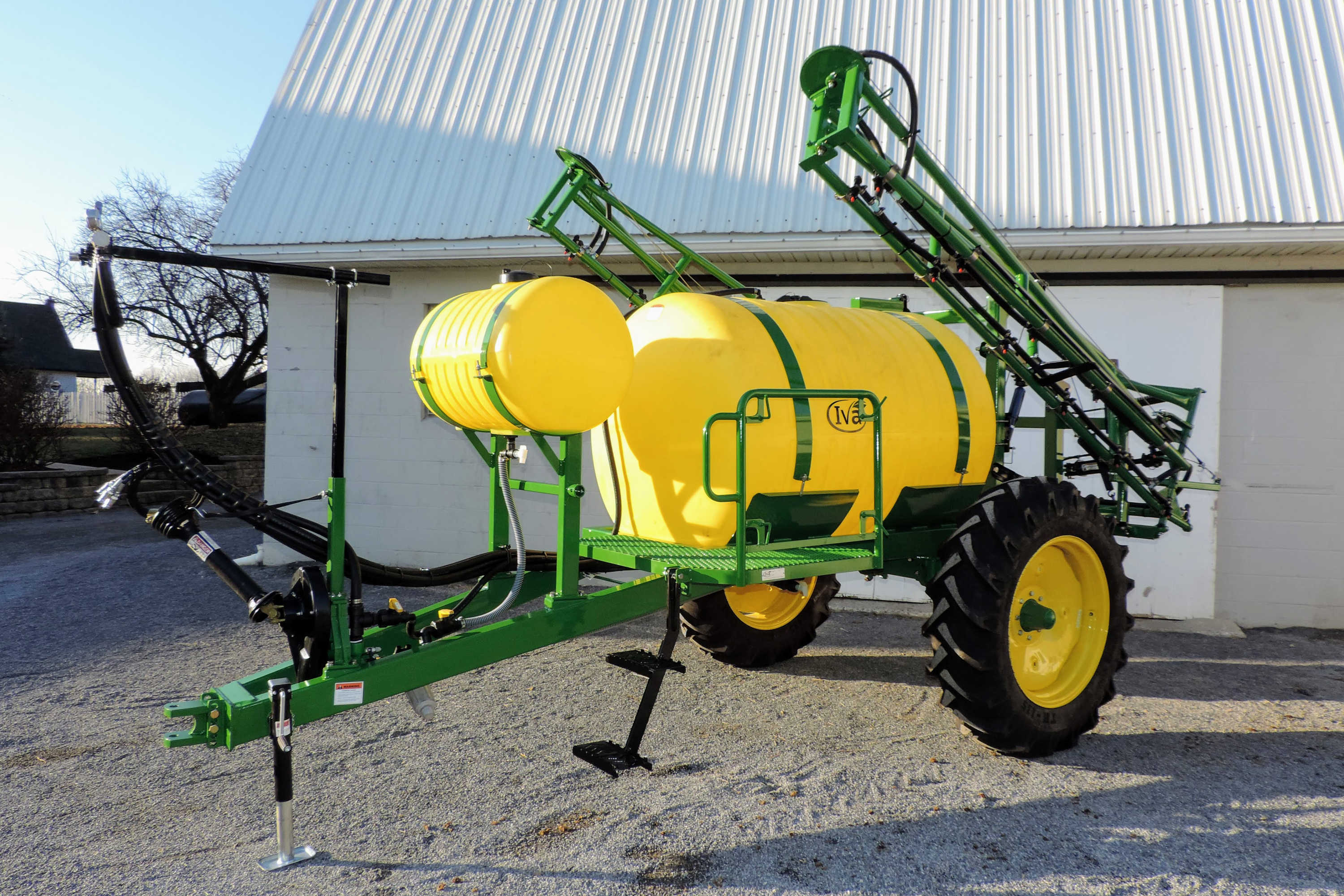 500 gallon Pull Type Sprayer with 45' SpringRide Booms