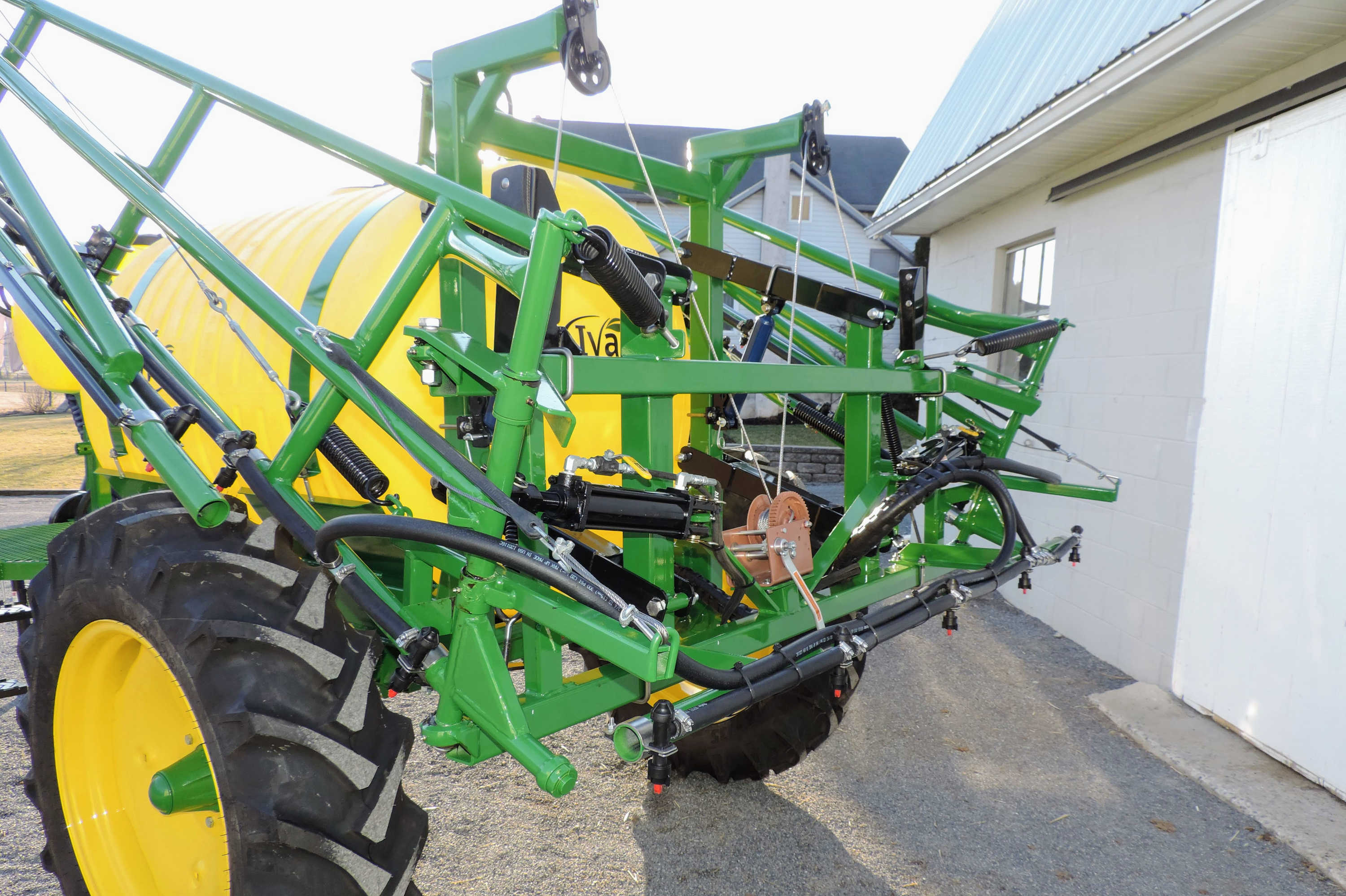 rear view of 500 gallon Field Sprayer with 45' SpringRide Booms