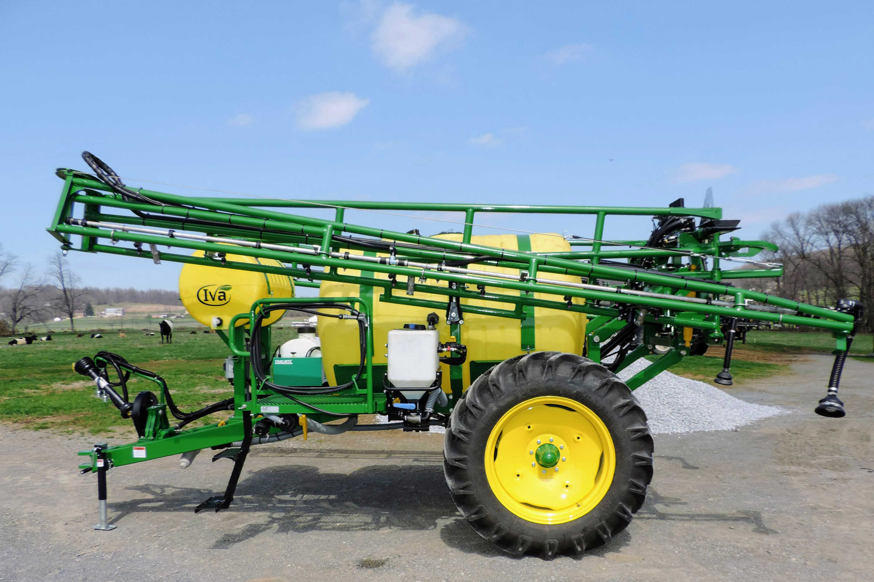 500 gallon Trailer Field Sprayer with 60' AirRide Booms