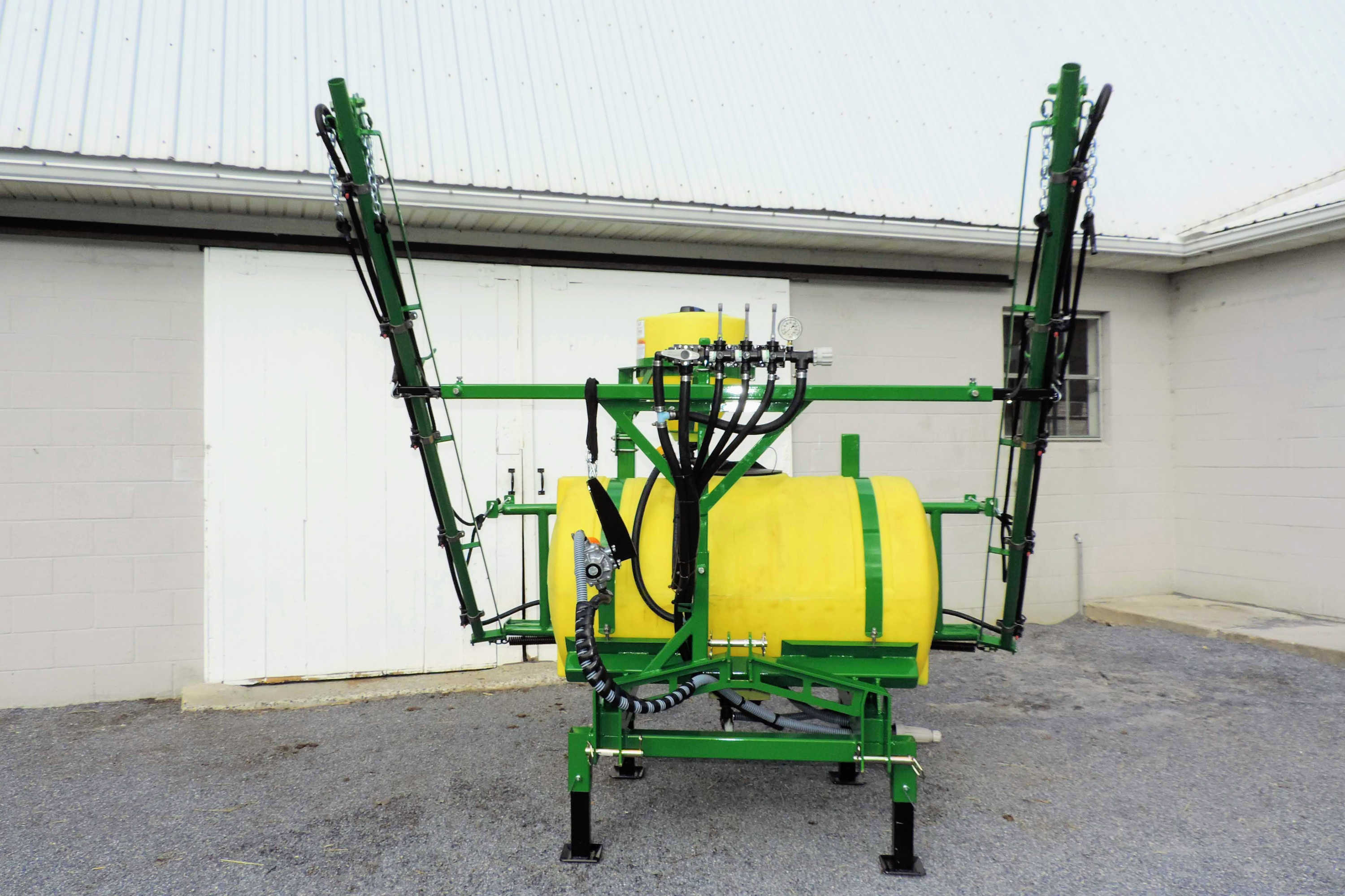 150 gallon 3-point Hitch Mounted Sprayer with 30' manual-fold booms