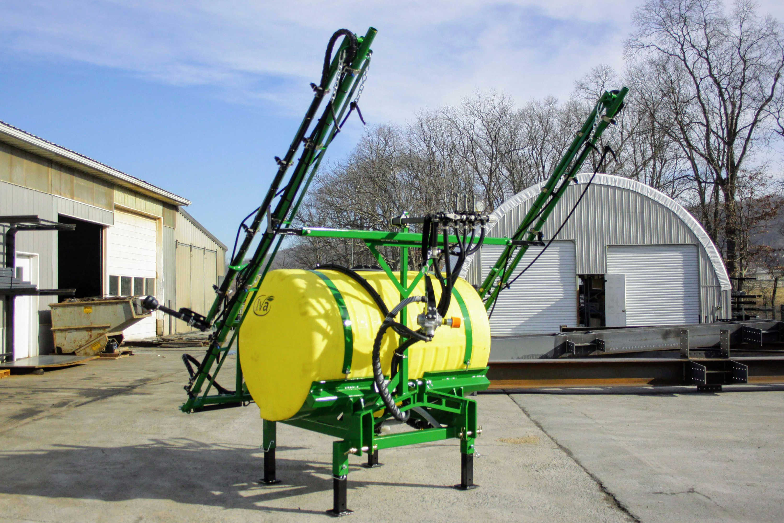 300 gallon 3-point Hitch Sprayer with 30' manual-fold booms