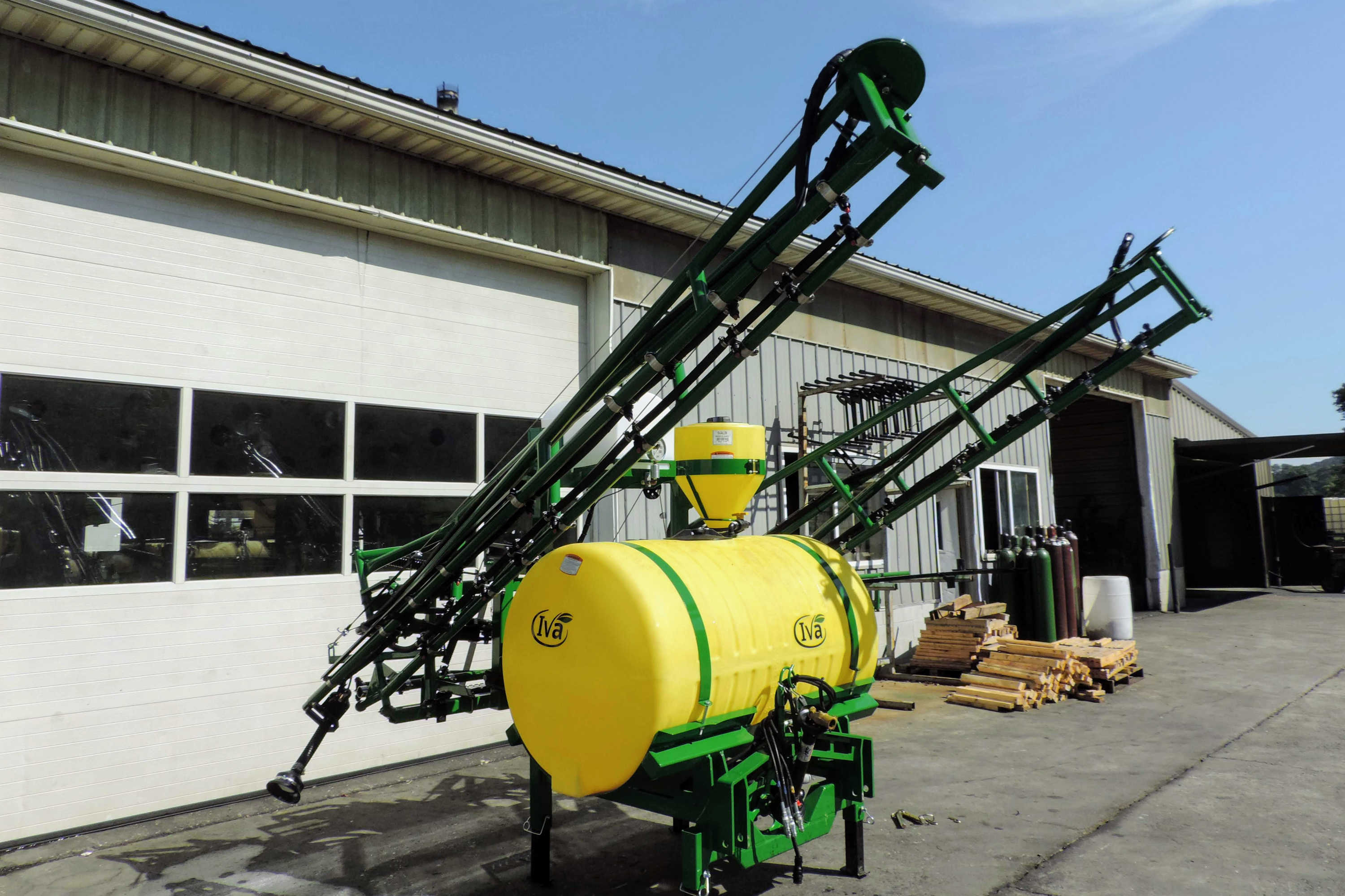300 gallon 3-point Hitch Mounted Sprayer with PTO Pump