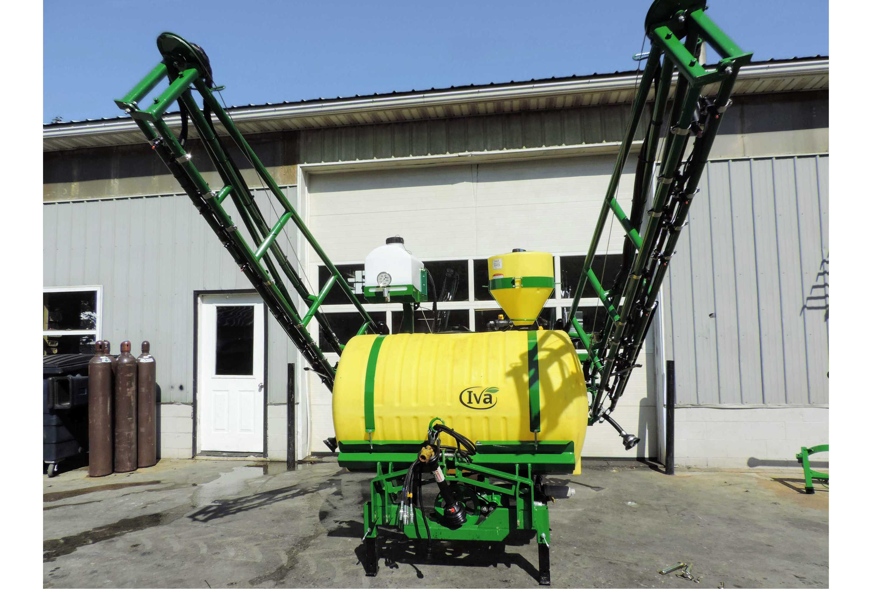 300 gallon 3-point Hitch Sprayer with 45' SpringRide booms