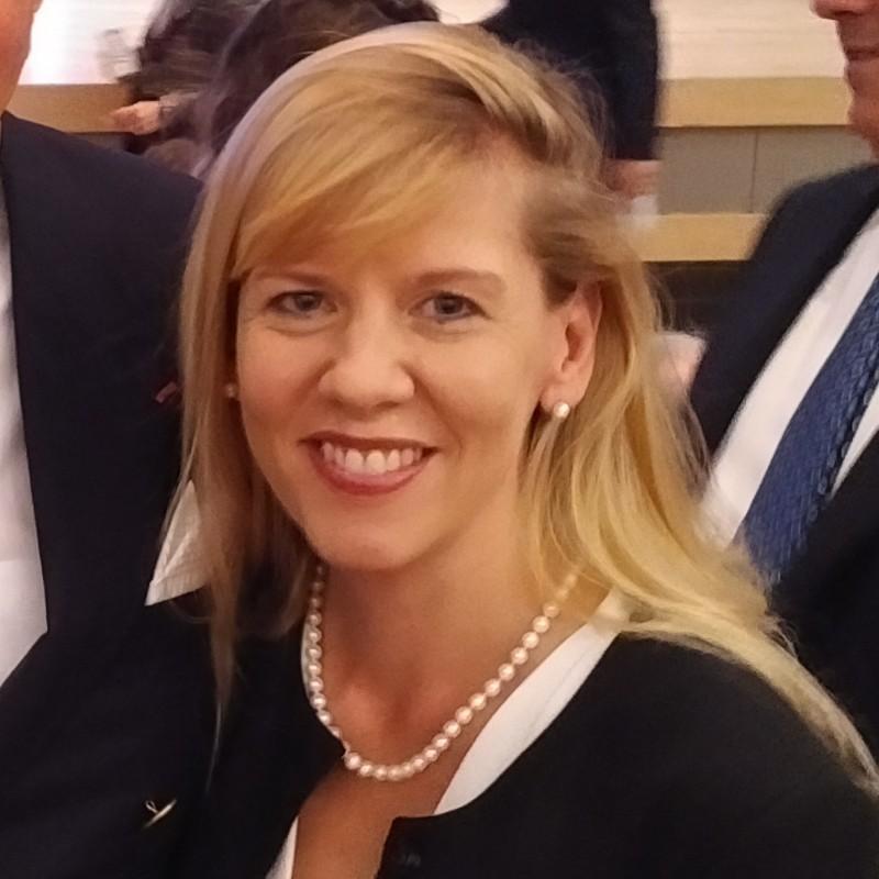 Dr. Isabel Pedersen, PhD