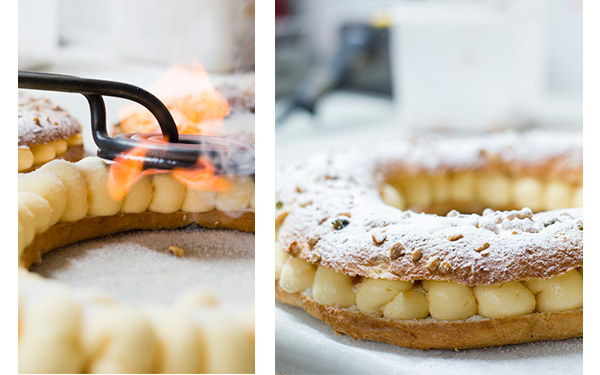 Brioix relleno de crema decorado con frutos secos y azúcar glass. Sin fruta. Haba y rey de sorpresa en el interior, corona para coronar al rey y tarjeta con mensaje tradicional.