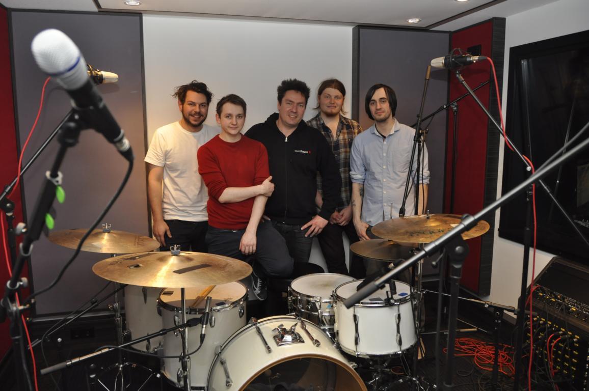 Clockwork Radio Band