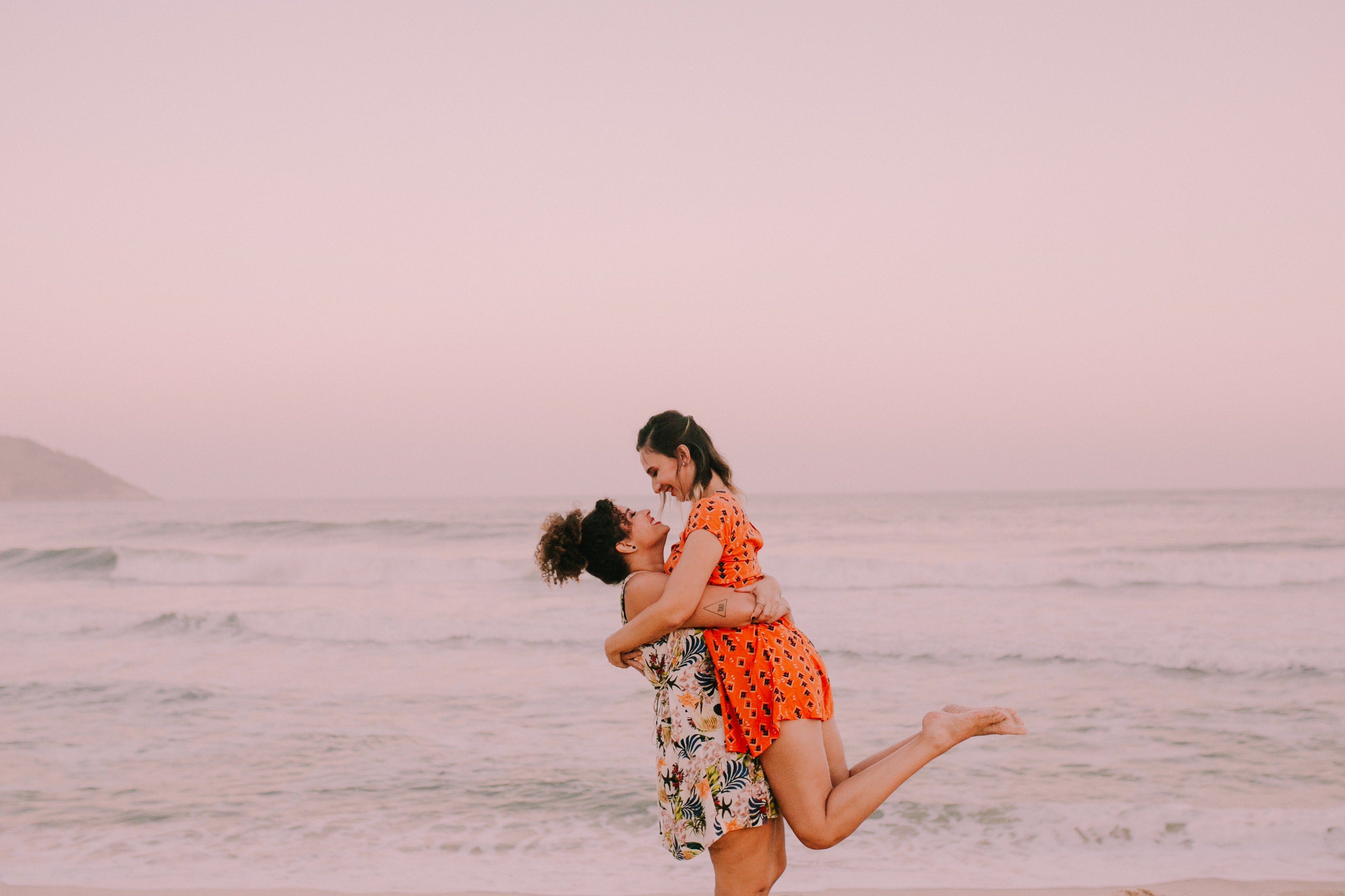 5 Incredible Real-Life Love Stories