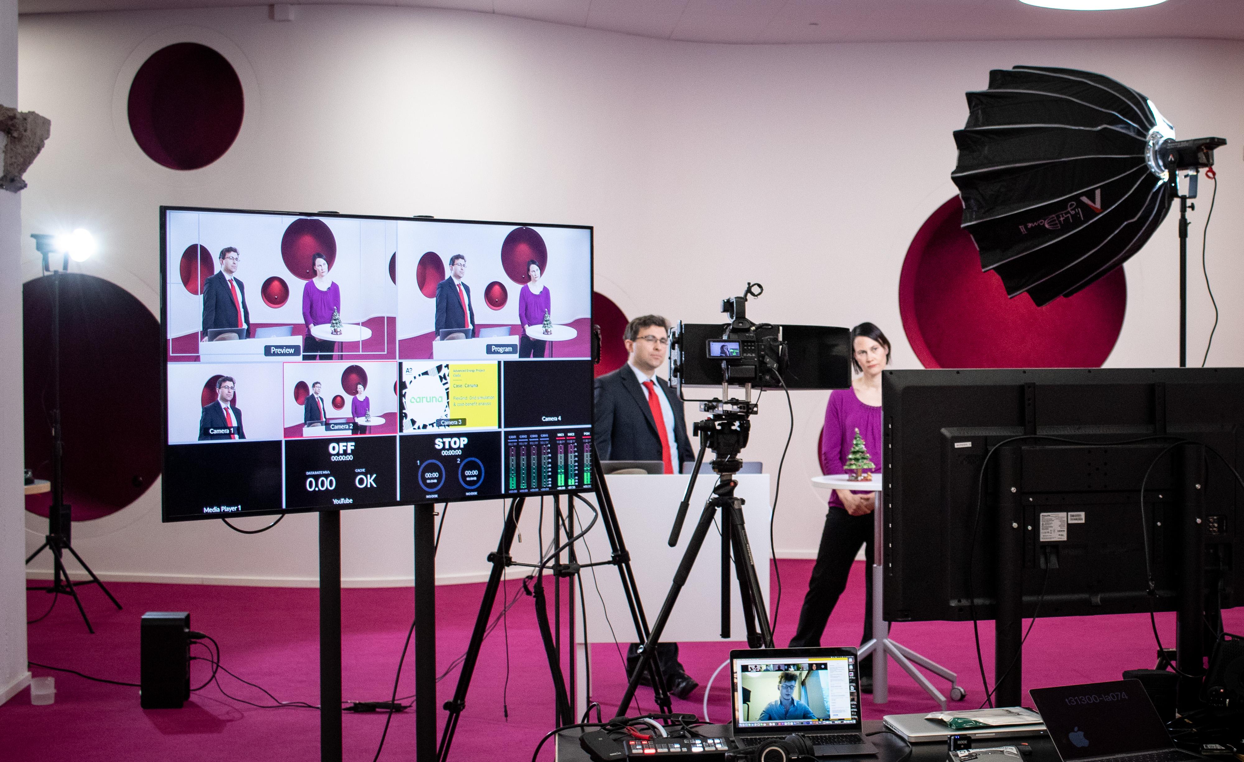 Behind the scenes look at zoom webinar live stream at Aalto University