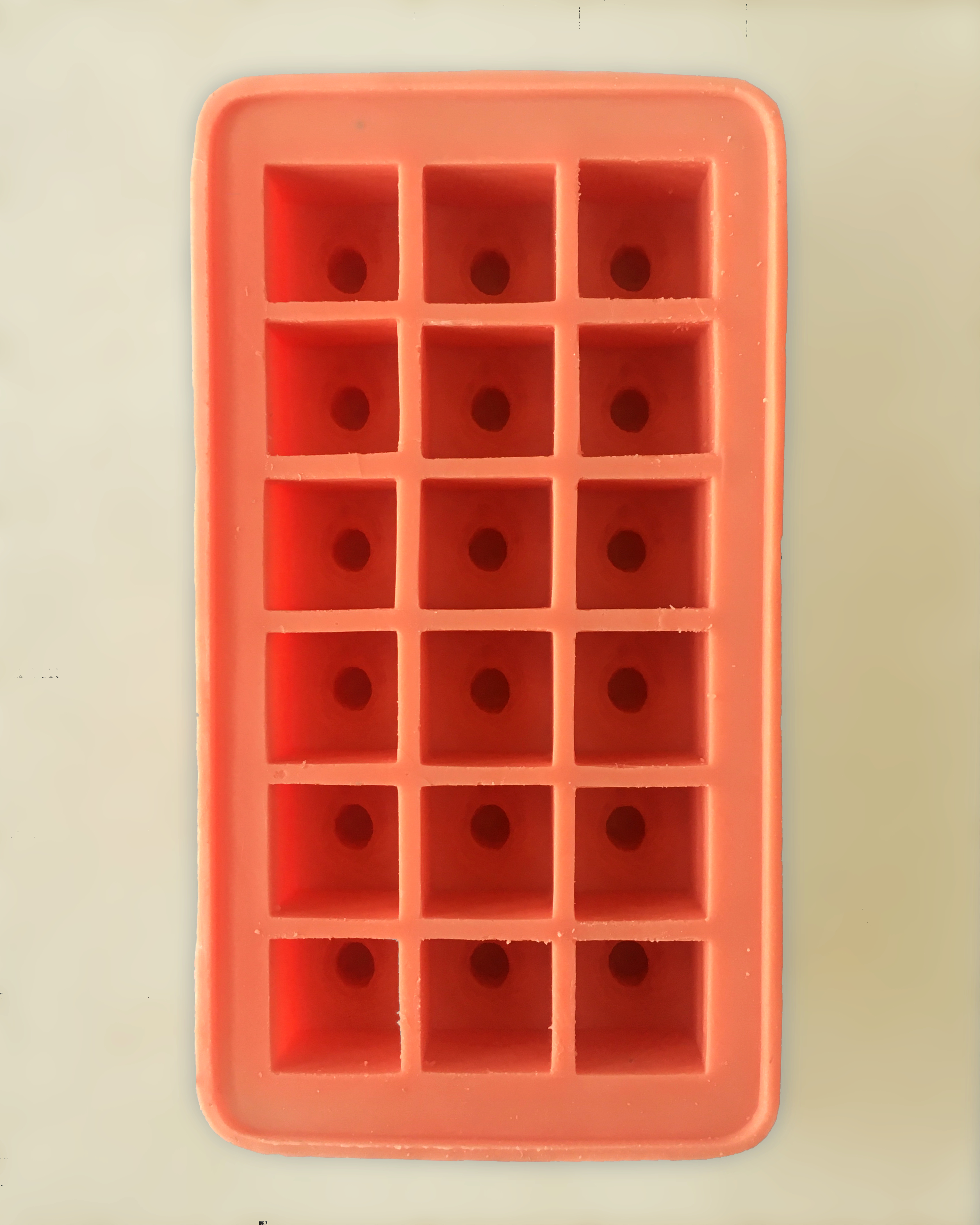 boobend - an ice cube tray, baking form or mold for pralines.