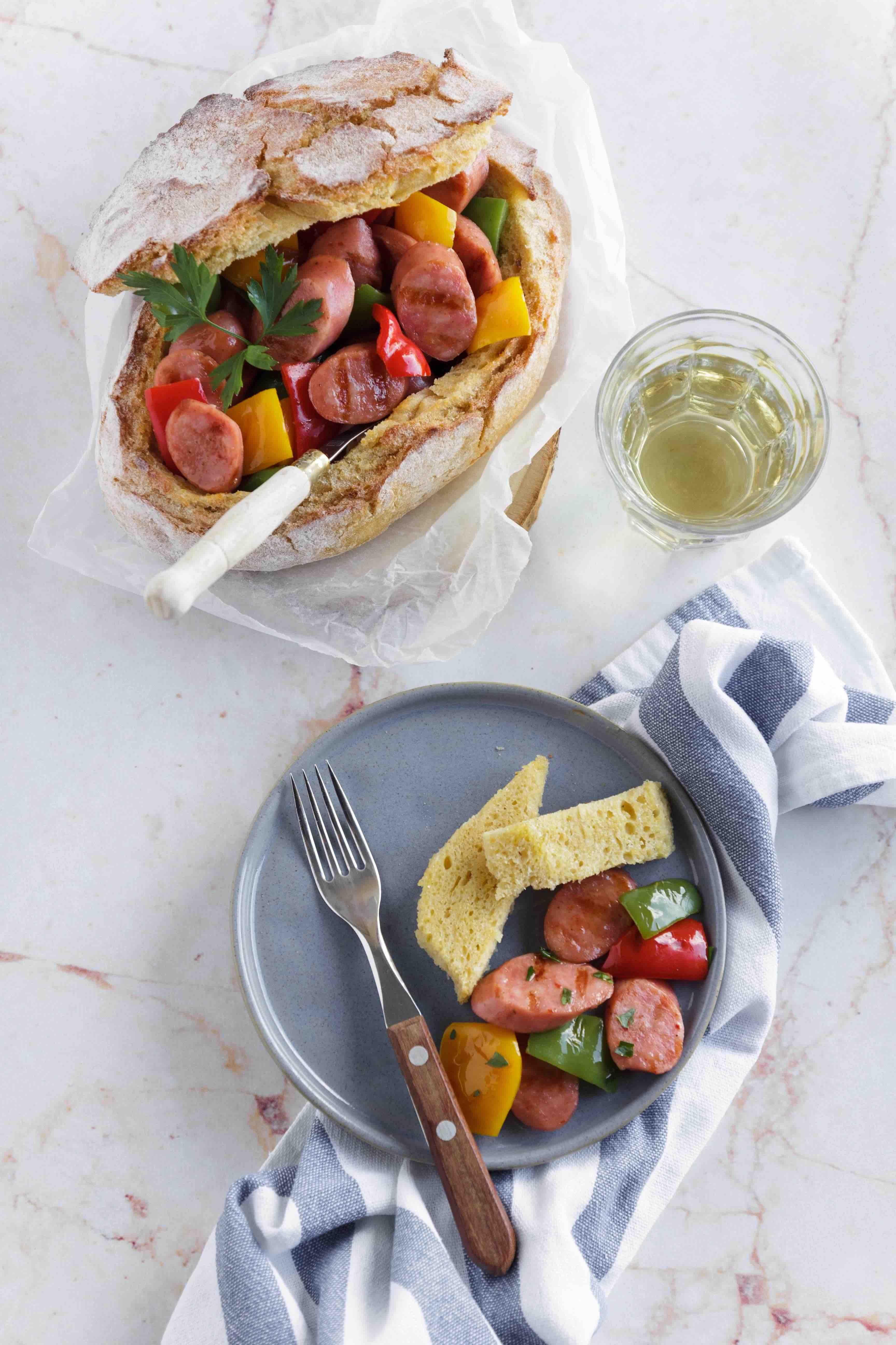 Salada de pimentos e salsicha