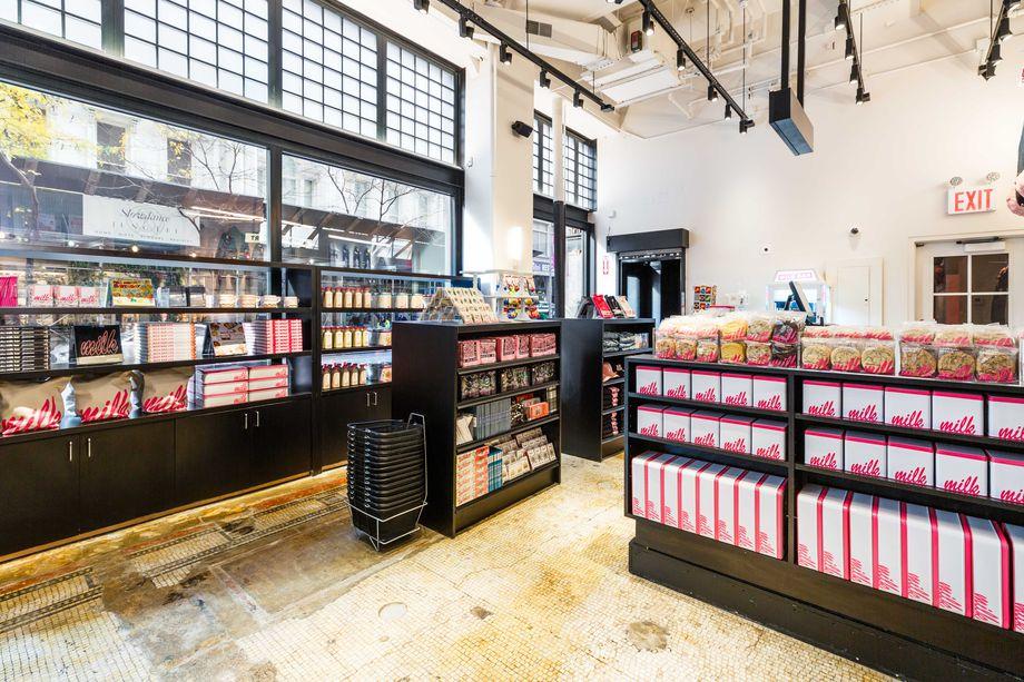 Minimart Interior. Photo credit: Alexis Stanlioff, Eater
