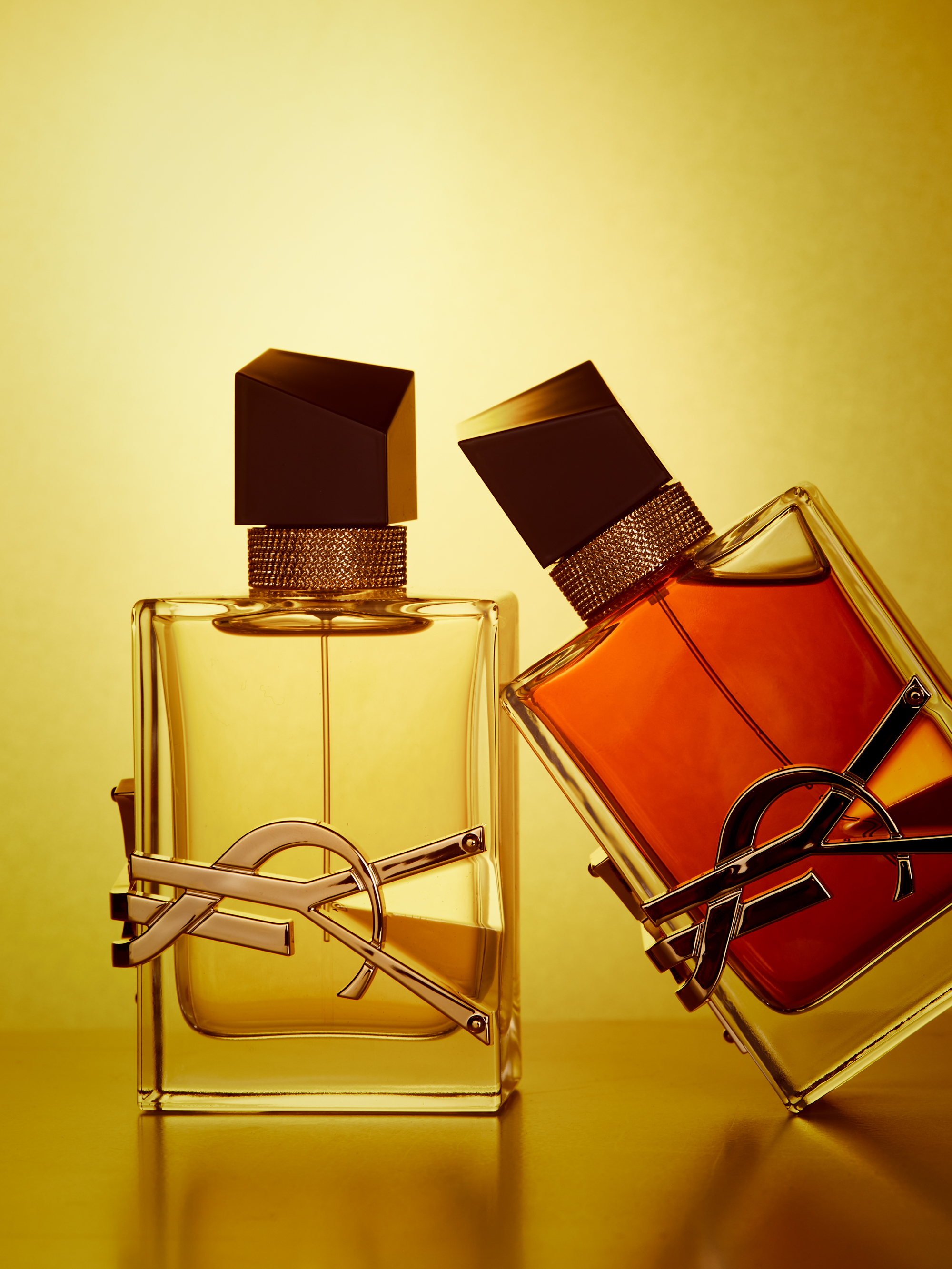 A perfume guide with new releases for fall/winter 2020. Featuring perfume notes from Giorgio Armani, Molton Brown, Yves Saint Laurent, Issey Miyake and Lancôme.