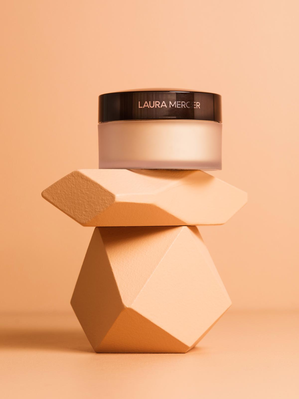 Currant Magazine presents a beauty holy grail: Laura Mercier Translucent loose setting powder.